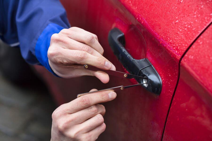 Schlüsseldienst Uhlbach Autoöffnung